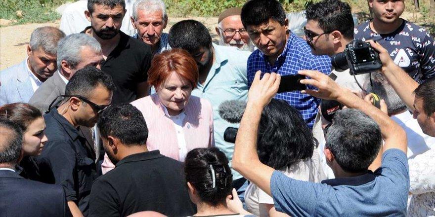 Akşener'den Emine Bulut'un ailesine taziye ziyareti
