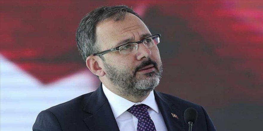 Bakan Kasapoğlu'ndan Ömür'e geçmiş olsun telefonu