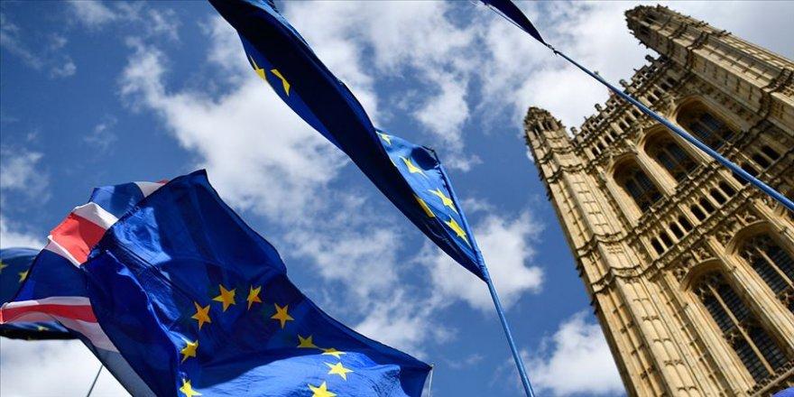 İngiliz parlamentosu erken seçim teklifini kabul etmedi