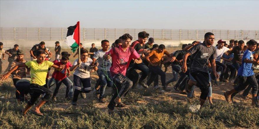 İsrail askerleri Gazze'de iki Filistinliyi şehit etti