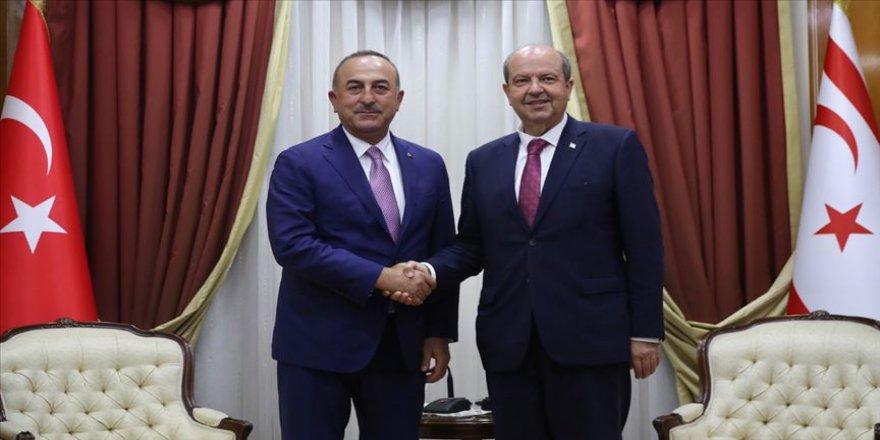 Çavuşoğlu, KKTC Başbakanı ile görüştü