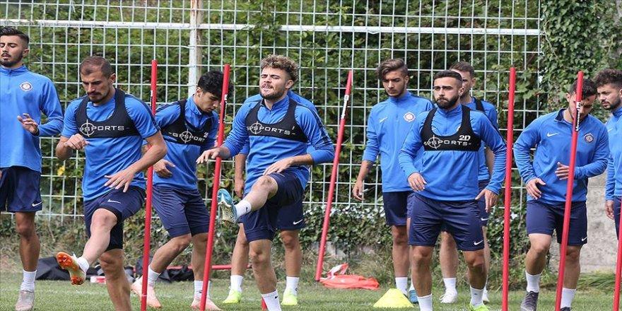 Osmanlıspor gençlerin enerjisiyle zirveye oynamak istiyor