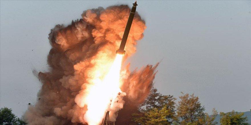 Kuzey Kore dünkü füzeleri 'süper büyük' çoklu sistemle fırlattı