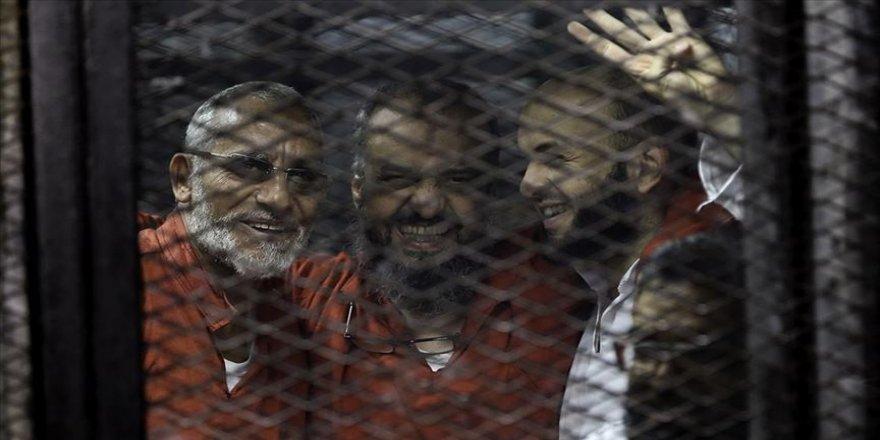 İhvan liderlerine 'Hamas adına casusluk' davasında müebbet hapis