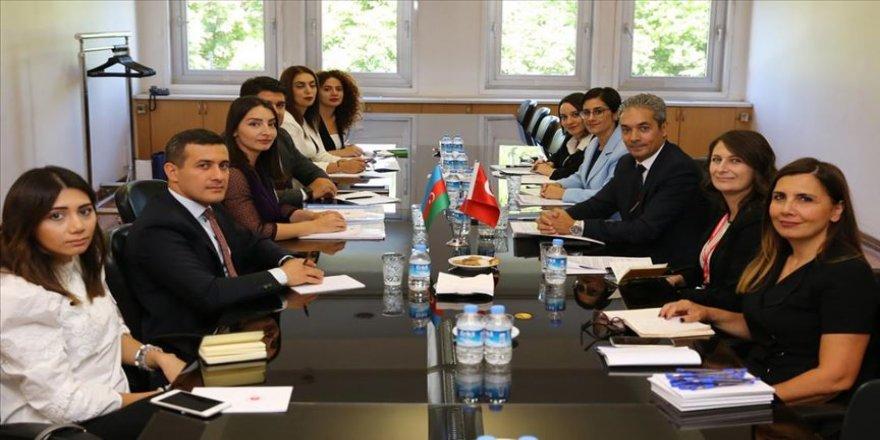 Türkiye ve Azerbaycan, enformasyon istişarelerine başladı