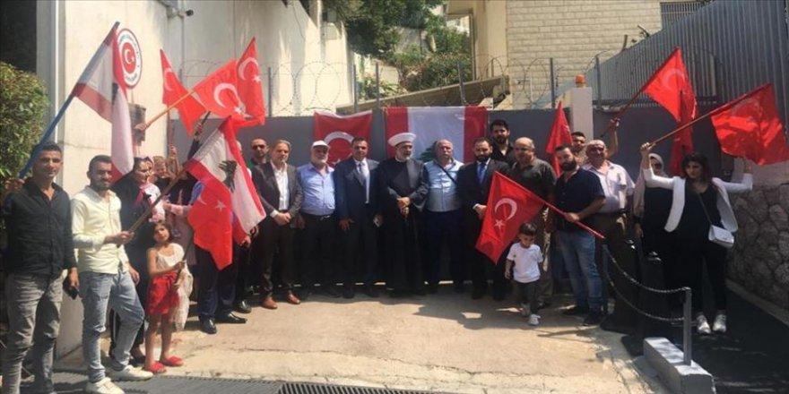 Lübnan'daki Türkmenlerden Türkiye'ye destek gösterisi
