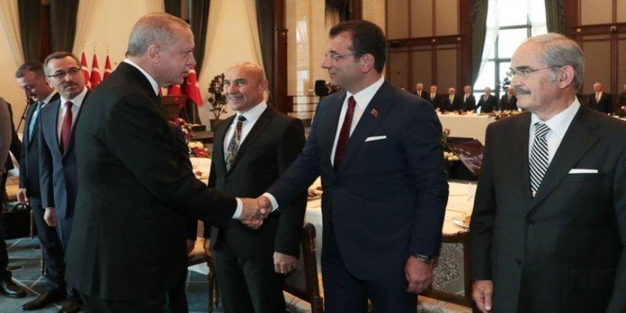 Erdoğan ile İmamoğlu arasındaki kırık koltuk diyaloğu