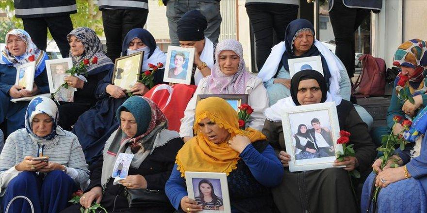Oğlumu HDP bürosunda kandırarak PKK'ya gönderdiler'