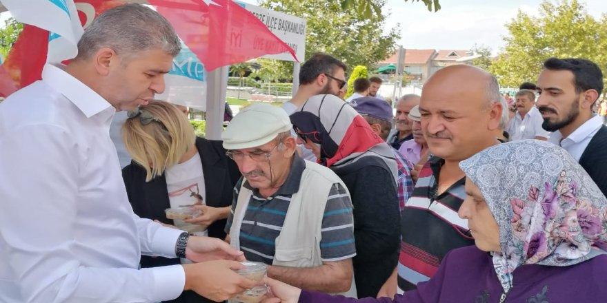 İYİ Parti'den aşure programı