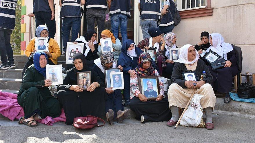 PKK'yı lanetliyorum, çocuklarımızı bıraksın'