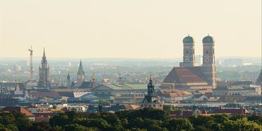 'Almanya'nın iklim paketi yıllık 4-5 milyar avroya mal olacak'