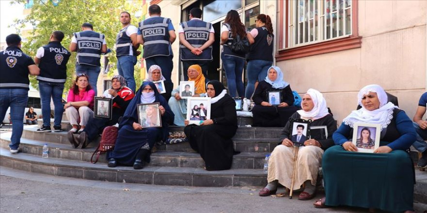 Diyarbakır annelerinin eylemine katılım sürüyor