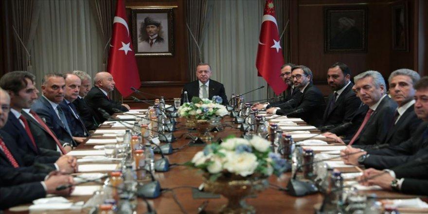 Erdoğan, TFF Yönetim Kurulunu kabul etti