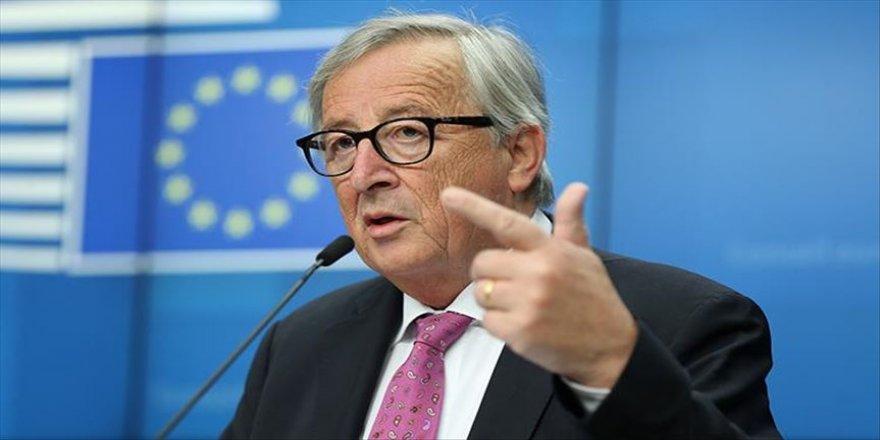AB Komisyonu Başkanı Juncker: Anlaşmasız ayrılık riski çok gerçekçi
