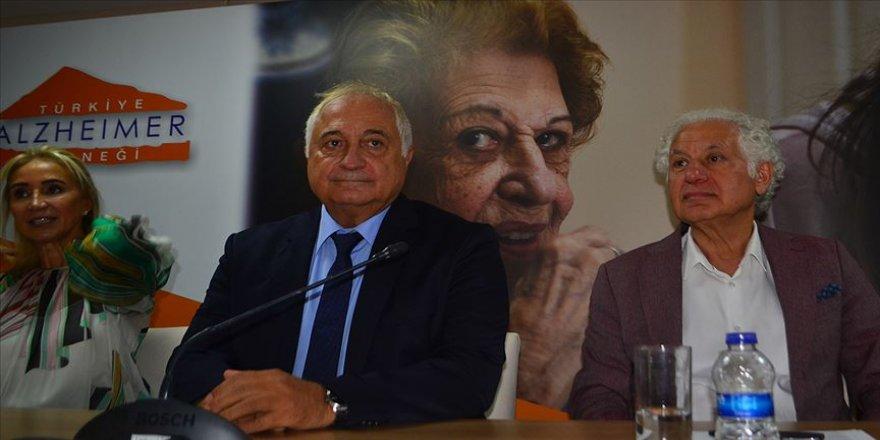 'Türkiye'de alzaymır artıyor'