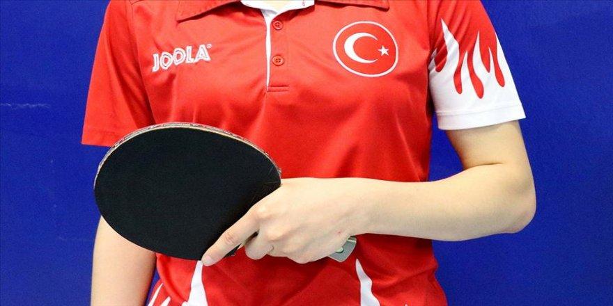 Milli masa tenisçi Ebru Acer finalde