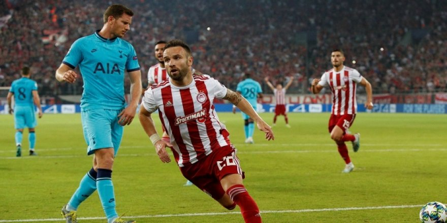 Valbuena, Olympiakos'u sırtladı