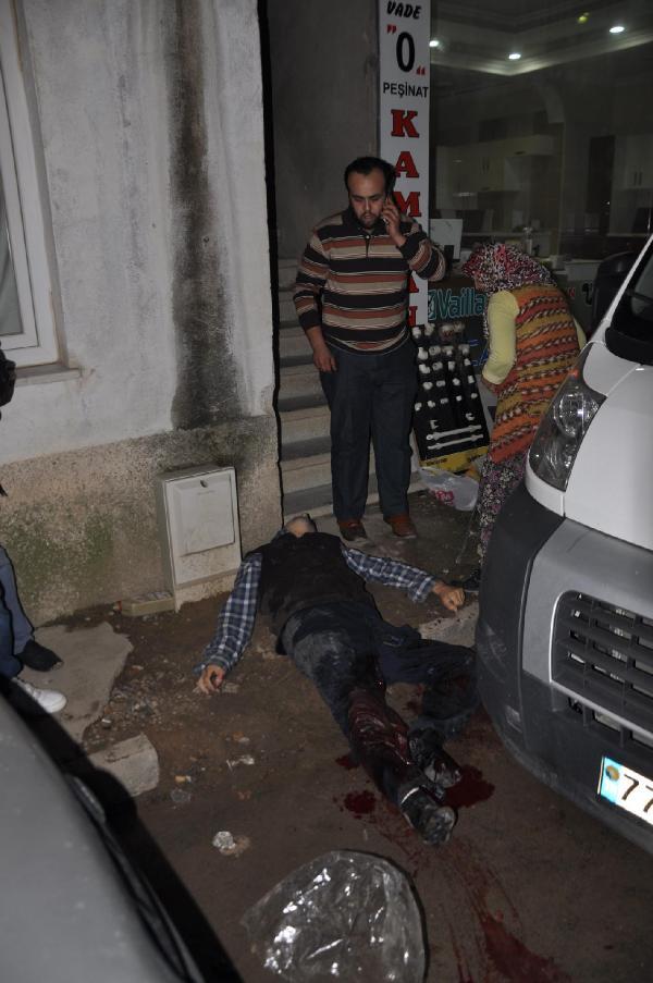 Cezaevinden İzin Aldı Evinin Önünde Silahlı Saldırıya Uğradı