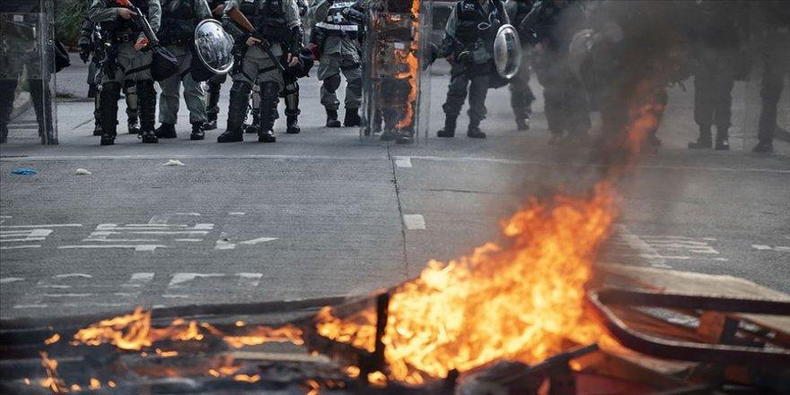 Hong Kong'da hükümet karşıtı protestolar sürüyor