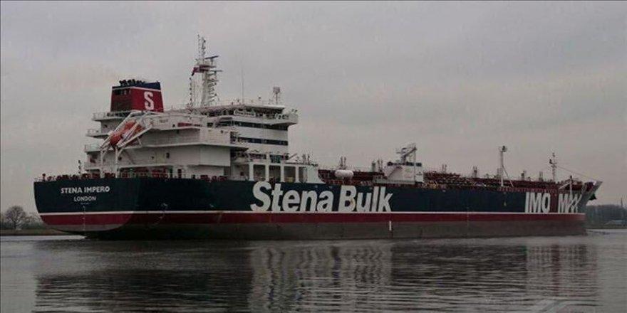 İran'dan 'İngiliz petrol tankeri yoluna devam edebilir' açıklaması
