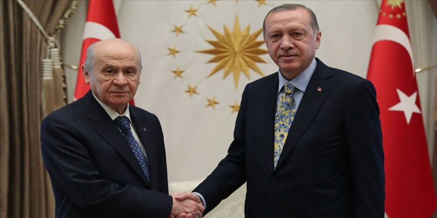 Erdoğan'dan Bahçeli'ye 'geçmiş olsun' telefonu
