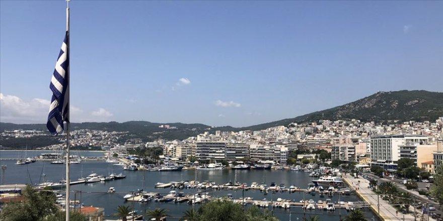 Yunanistan'da Thomas Cook'un iflasıyla 50 binden fazla turist mahsur kaldı