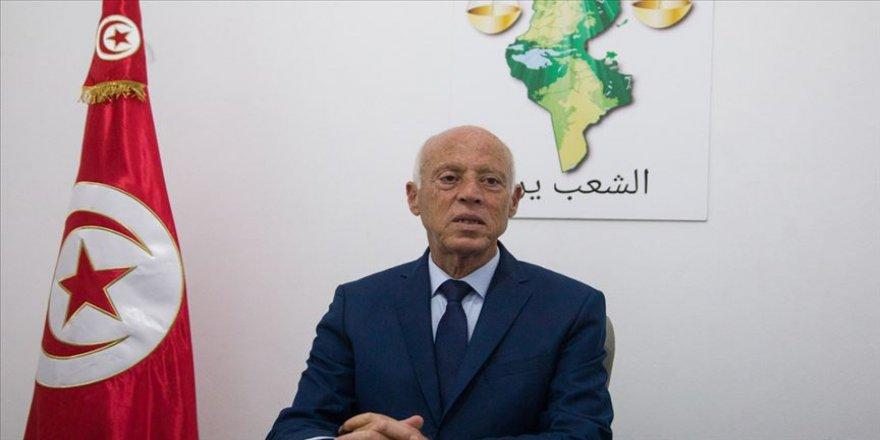Tunus'ta Nahda Hareketi'nden bağımsız aday Said'e destek