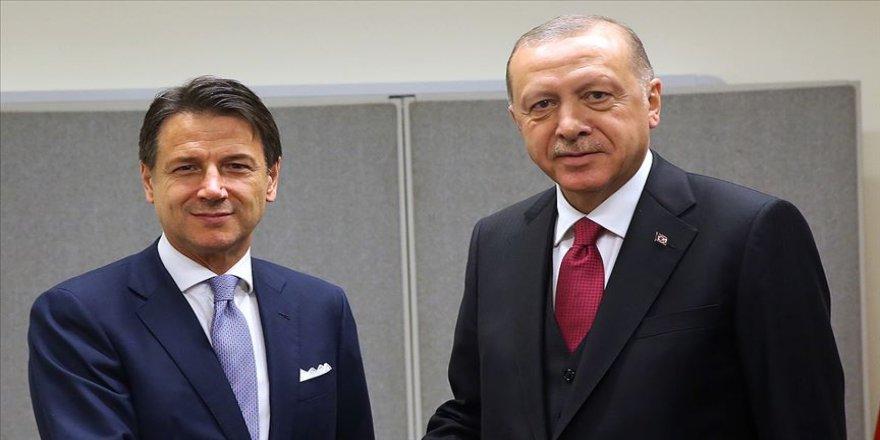 Cumhurbaşkanı Erdoğan ABD'de resmi temaslarını sürdürdü