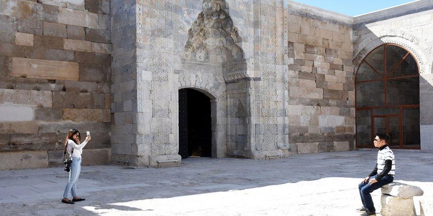 Sultanhanı Kervansarayı için hedef 1 milyon turist