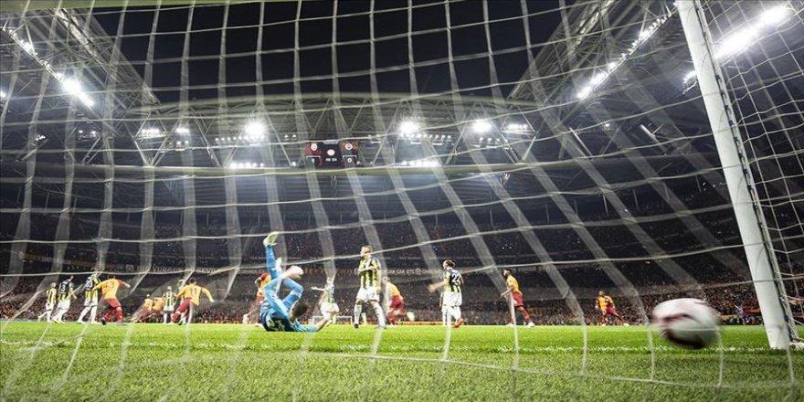 Süper Lig'de 1 milyar 385 milyon liralık derbi