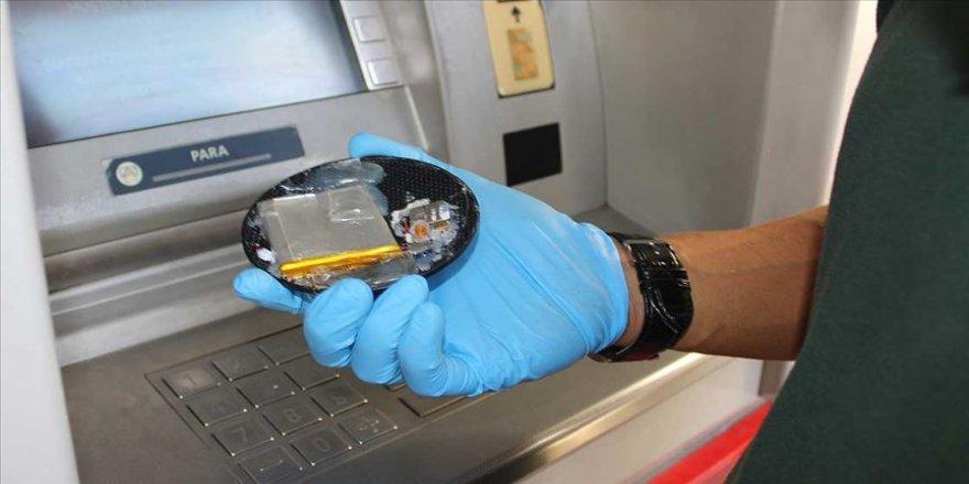 ATM kartı kopyalayanlara 'hayırsever hırsız' operasyonu