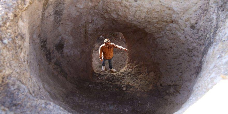 'Kayadan oyma adliye binası' keşfedilmeyi bekliyor
