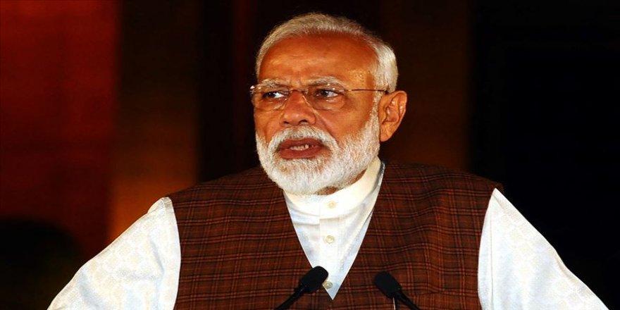 Hindistan Başbakanı Modi'den terörle mücadelede birlik çağrısı