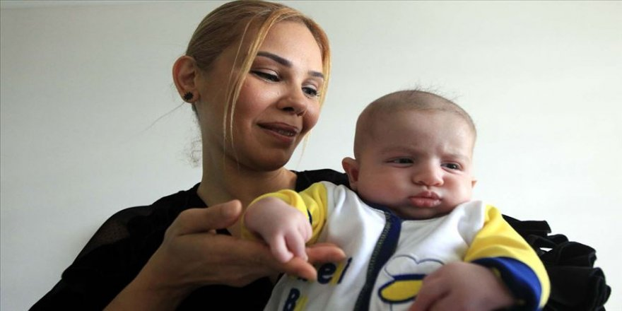 Başparmakları olmayan Batuhan bebek destek bekliyor