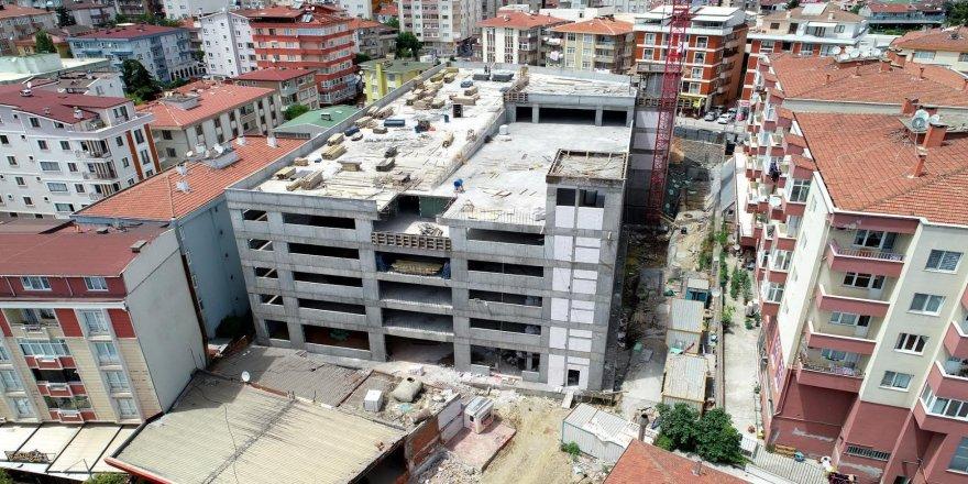 Gebze'deki 7 katlı otoparkın iç kısım çalışmaları başladı
