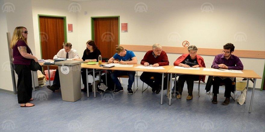 Erken genel seçim için oy verme işlemi başladı