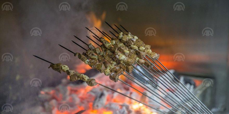 Şanlıurfa'nın lezzetleri ve müziği bu festivalde buluşacak