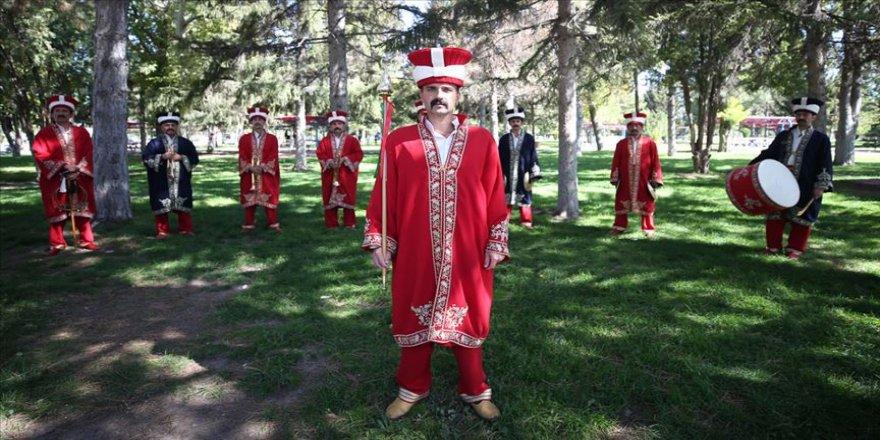 Kayseri'de 23 yıl önce kurulan mehter takımı yurt dışına açıldı