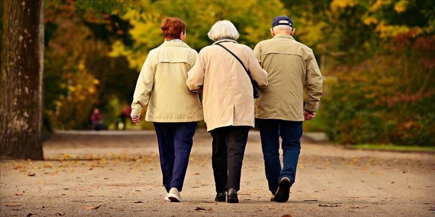 2050'de her 6 kişiden biri 65 yaş ve üzeri olacak