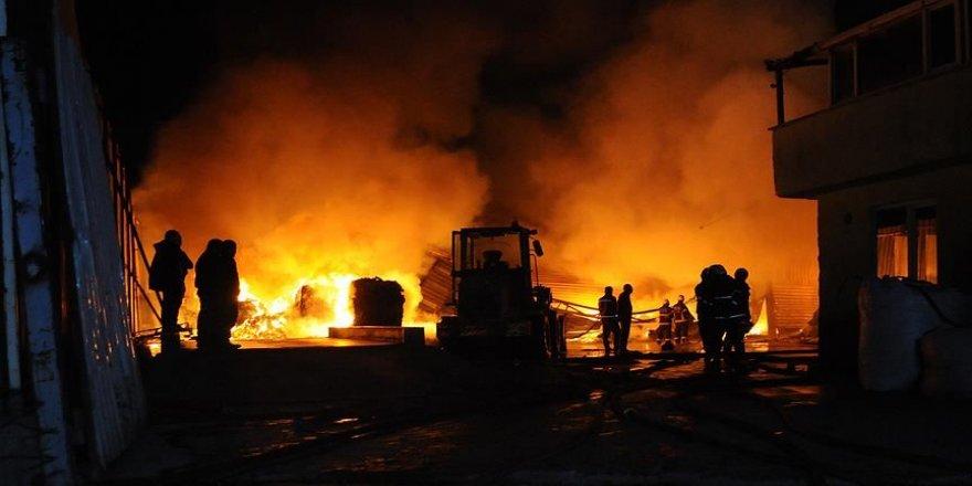 Çin'de fabrika yangını: 19 ölü