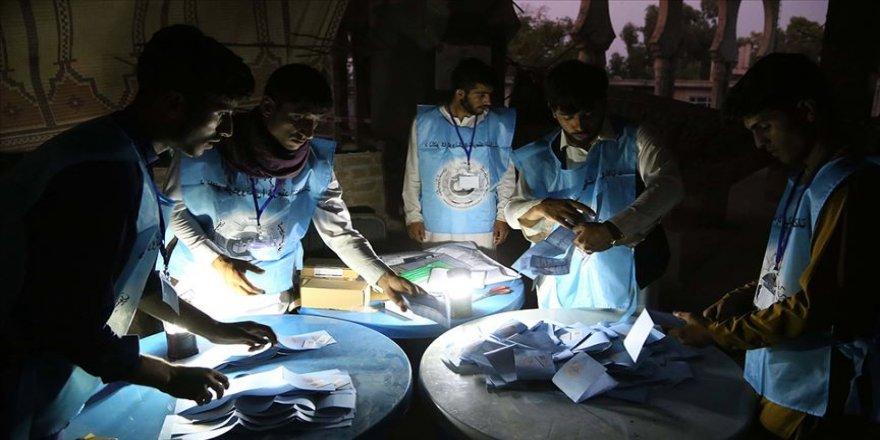 Afganistan'da 8 seçim gözlemcisi kaçırıldı