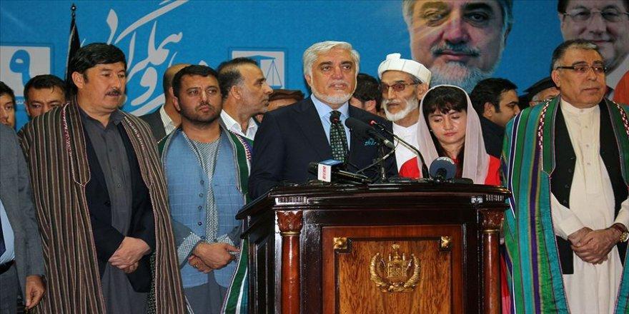Afganistan'da seçim sonrası 'ben kazandım' açıklamaları