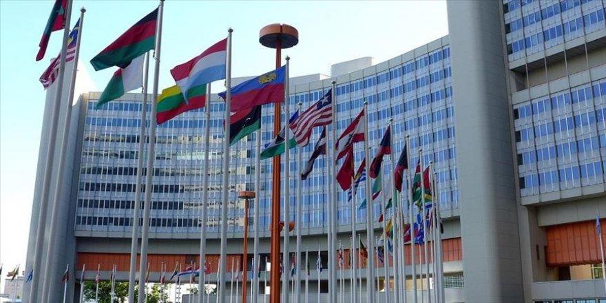 BM'den Yunanistan'a 'mültecileri tahliye et' çağrısı