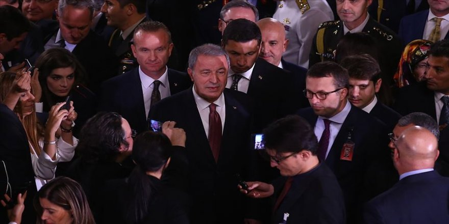 Milli Savunma Bakanı Akar'dan 'Güvenli bölge' açıklaması