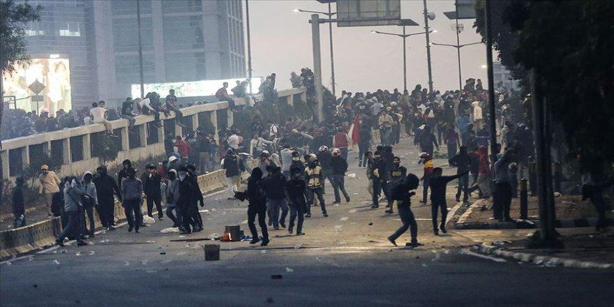 Değişen yolsuzluk yasası Endonezya'yı kaosa sürükledi