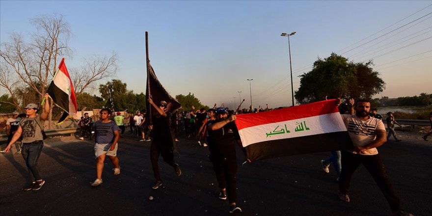 Irak Başbakanı Abdulmehdi: Iraklılar devletle devletsizlik tercihi arasında