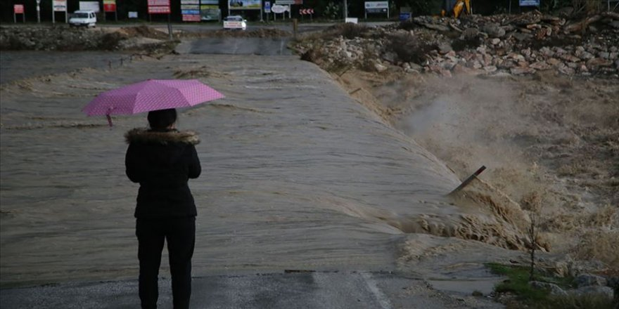Batı Akdeniz ve İç Anadolu'nun güneyi için fırtına uyarısı
