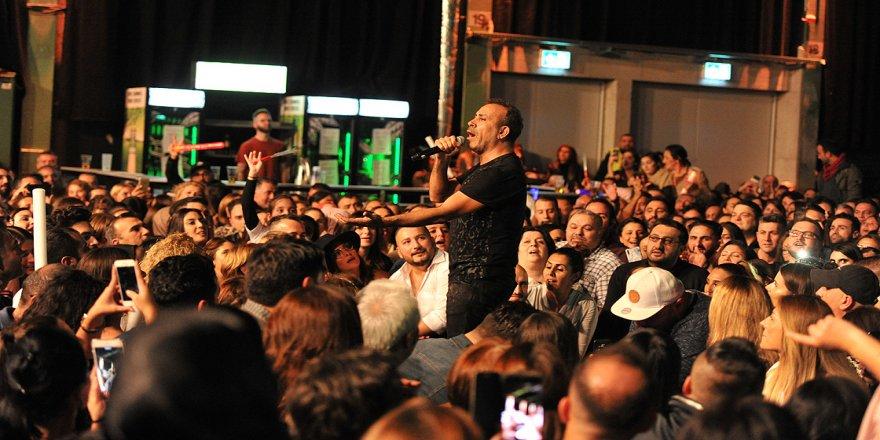 Almanya'da Haluk Levent konserine yoğun ilgi
