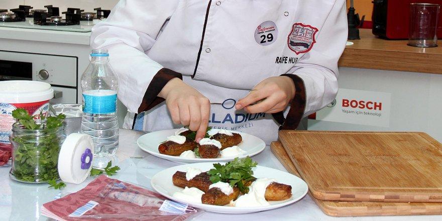 Gastronomi kenti Hatay'da yöresel yemekler yarıştı