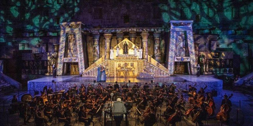 İmkansız aşk 'Aida' operası Congresium'da